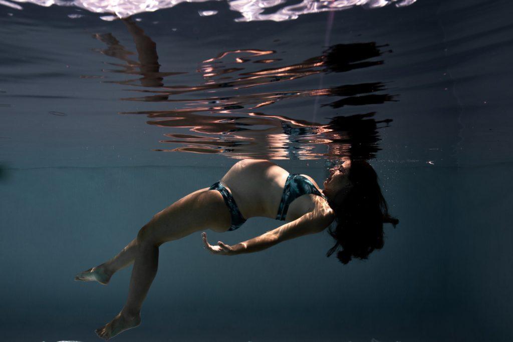 Photographe grossesse aquatique ile réunion