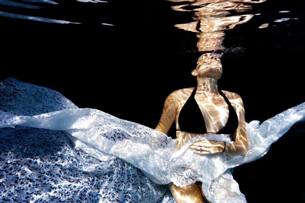 photographie grossesse aquatique
