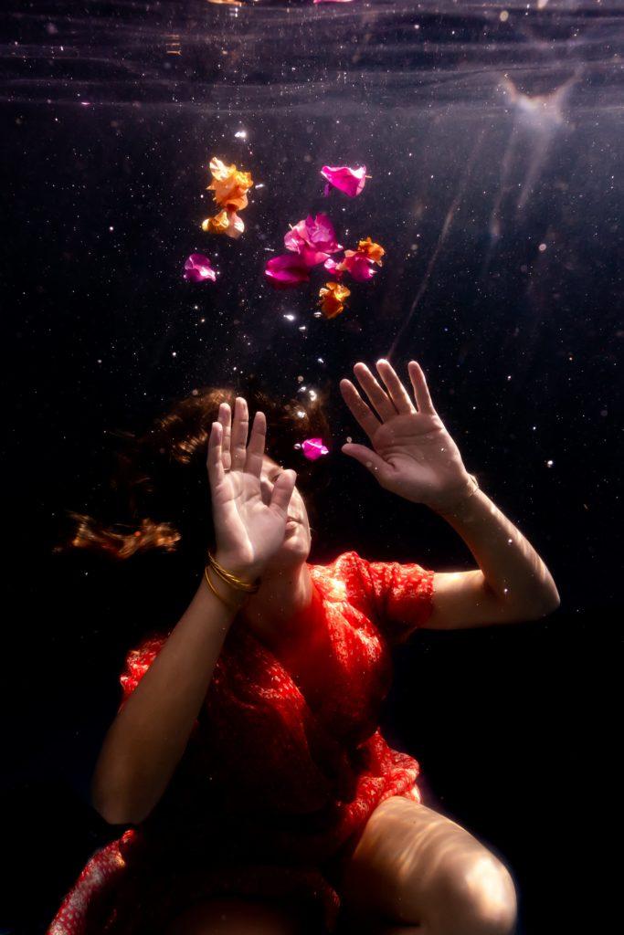 fleur sous l'eau