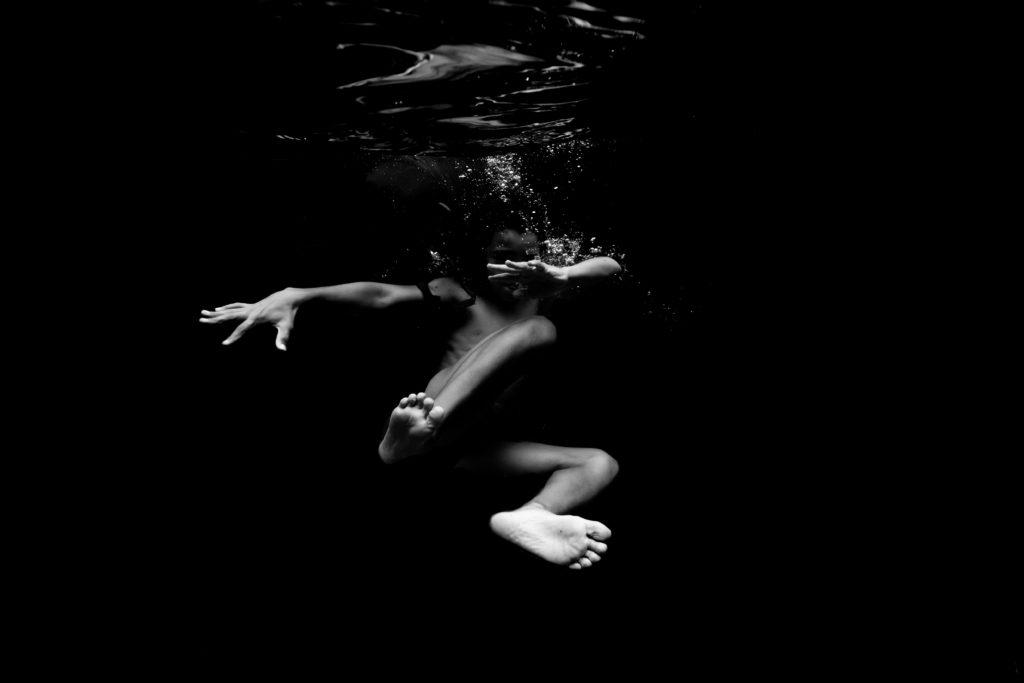 photographe famille dans l'eau